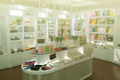 HIT500PLAZA & Dreaming Young Entrepreneurs' Store (HIT500PLAZA&꿈꾸는청년가게 (외국어사이트용))