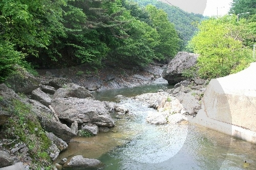 Bigeum Valley (비금계곡)