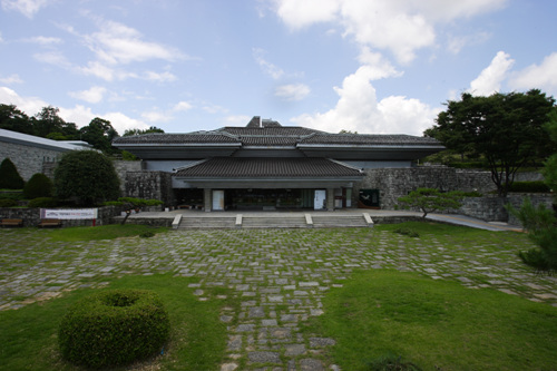 Jinju National Museum (국립진주박물관)