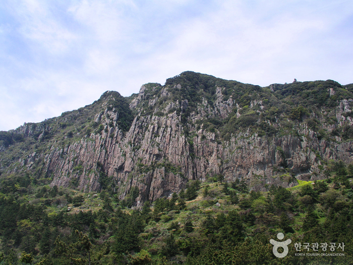 Sanbangsan Mountain ...