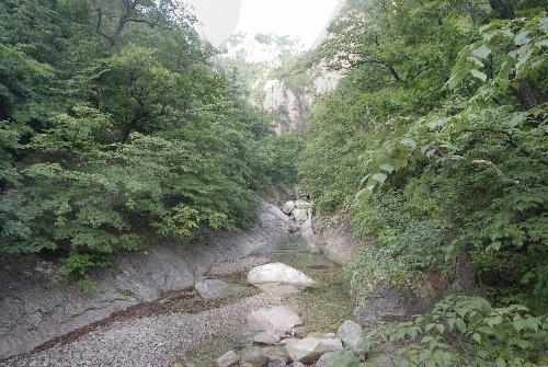 Cheonbuldong Valley ...