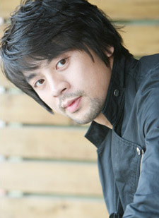 Kwon Oh-Jung (권오중)