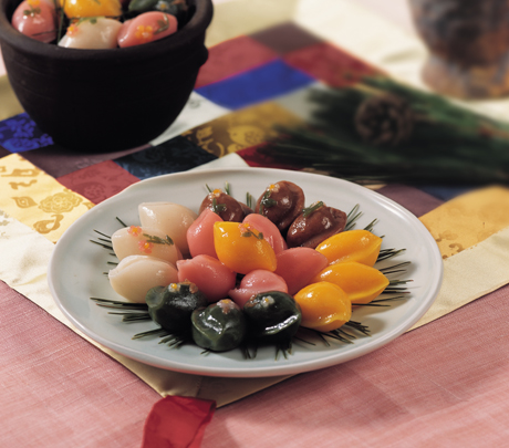 Songpyeon (Half-moon Rice Cake)